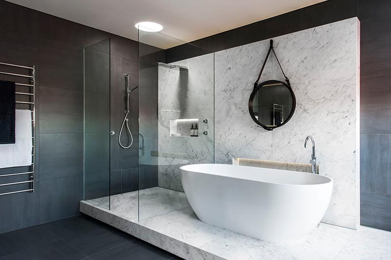 Espelhos adnet com al a tend ncia na decora o saiba como fazer e inspir - Jolie salle de bain italienne ...