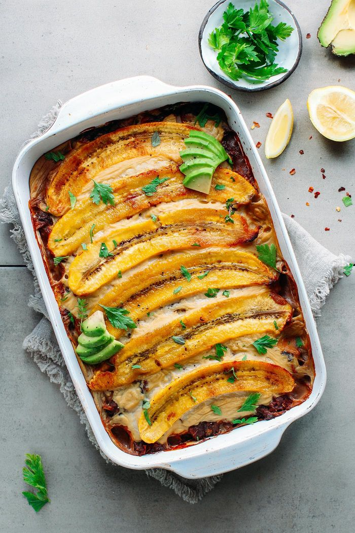 Vegan Plantain Lasagna. Need more recipes? Find 25 Super Healthy Vegan Dinner Recipes for Weeknights. healthy vegetarian meals | vegan vegetarian recipes | vegetarian dinner ideas #veganeats #veganlove #veganfoodlovers #veganaf