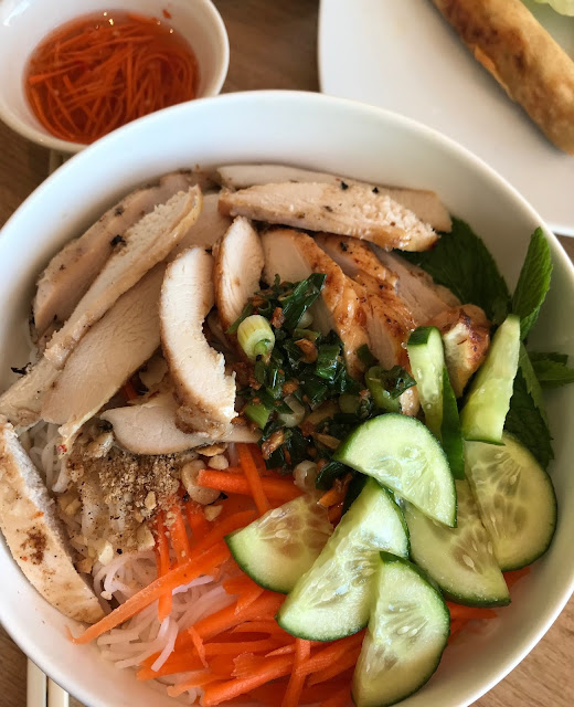 Bao and Bun, Camberwell, grilled chicken noodle salad