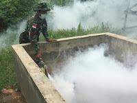 Malaria Ancam Perbatasan, Satgas Pamtas Yonif Para Raider 503 Kostrad Fogging Distrik Sota