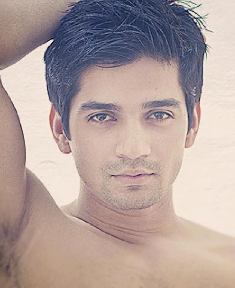 Never Shy To Expose Vishal Singh Shirtless Pics