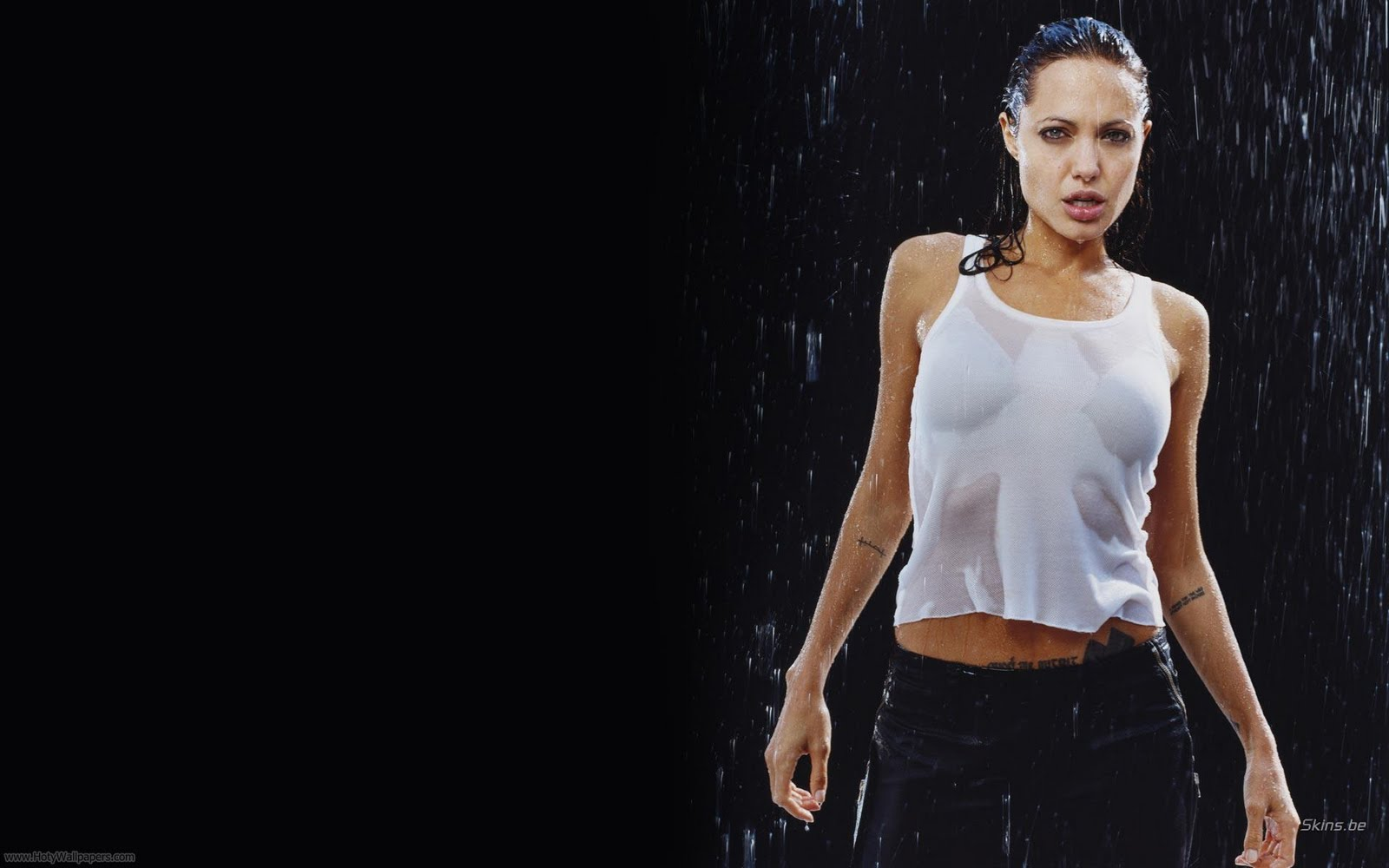 Angelina Jolie Latest Wallpapers - Celebrity Woman Pictures