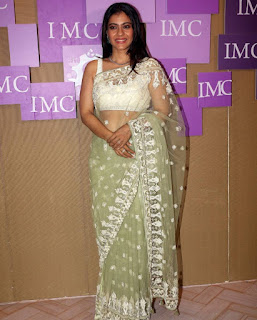 Beautiful Indian Model Kajol In Transparent Green Saree (1)