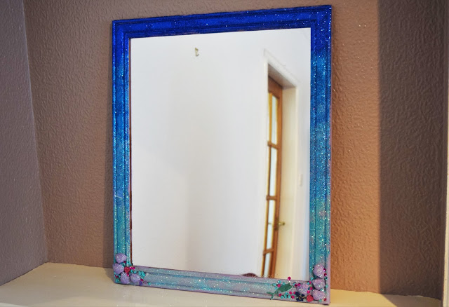 DIY Ombre Glitter Mermaid Frame