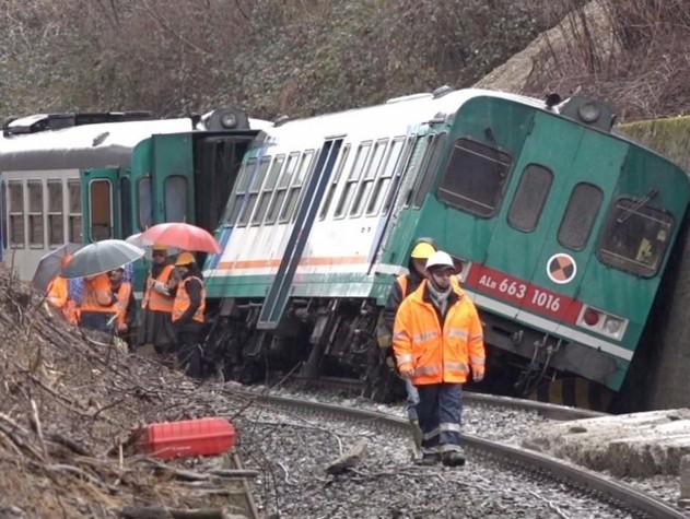 Puglia, incidente ferroviario tra treni su binario unico