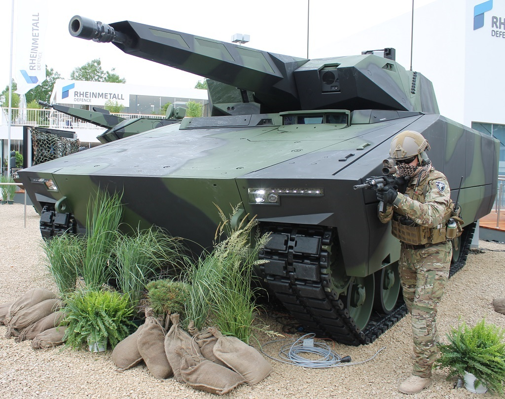 Lynx-03a_ES-2018_Messe_Rheinmetall-LynxK