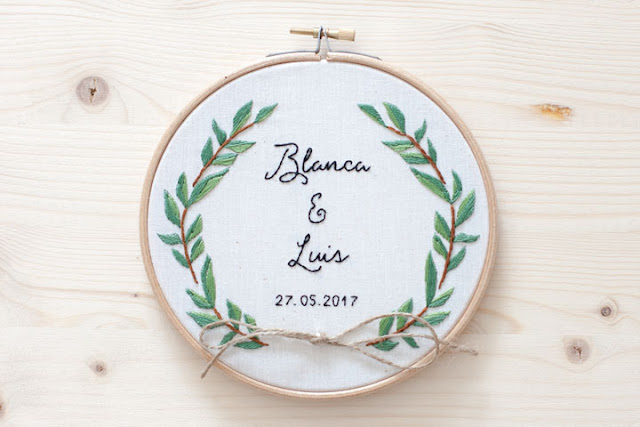 bastidor porta alianzas boda rama olivo