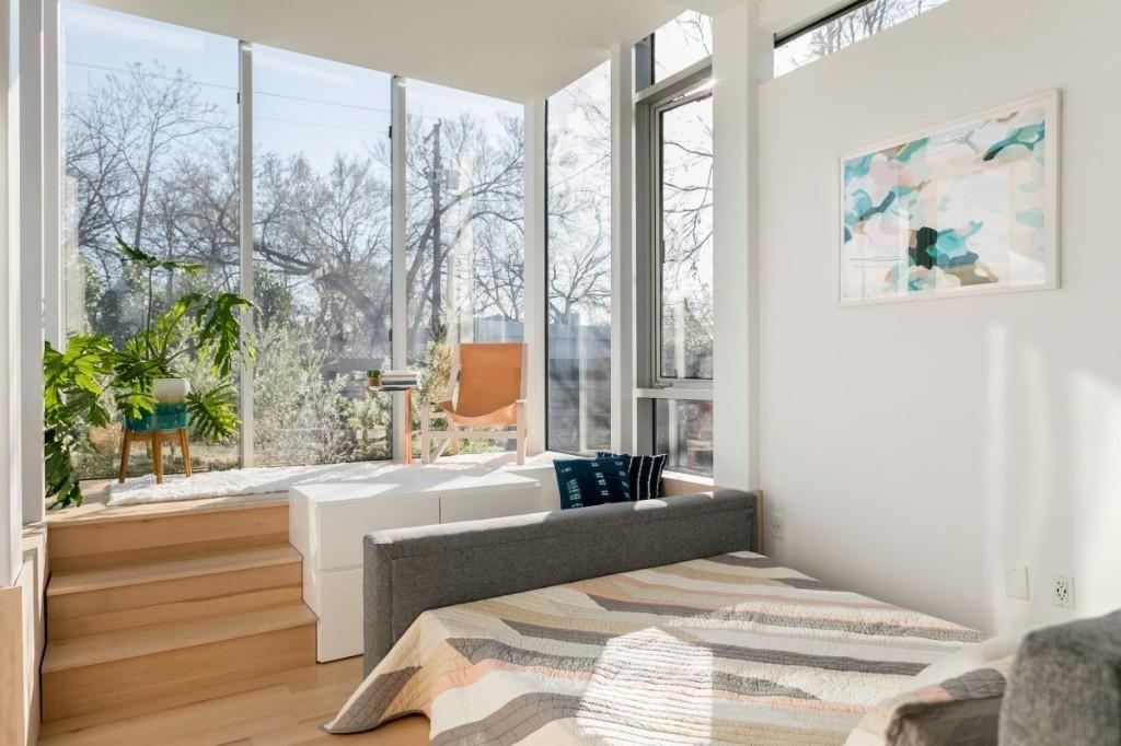 Tiny house town kasita modern minimalist house for Minimalist tiny house quebec