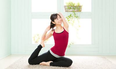 tập luyện yoga tại nhà