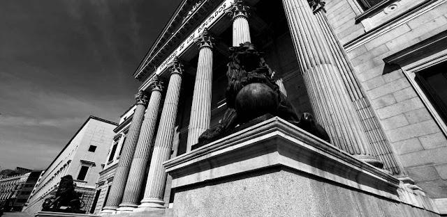 Congreso de los Diputados y Derecho Constitucional