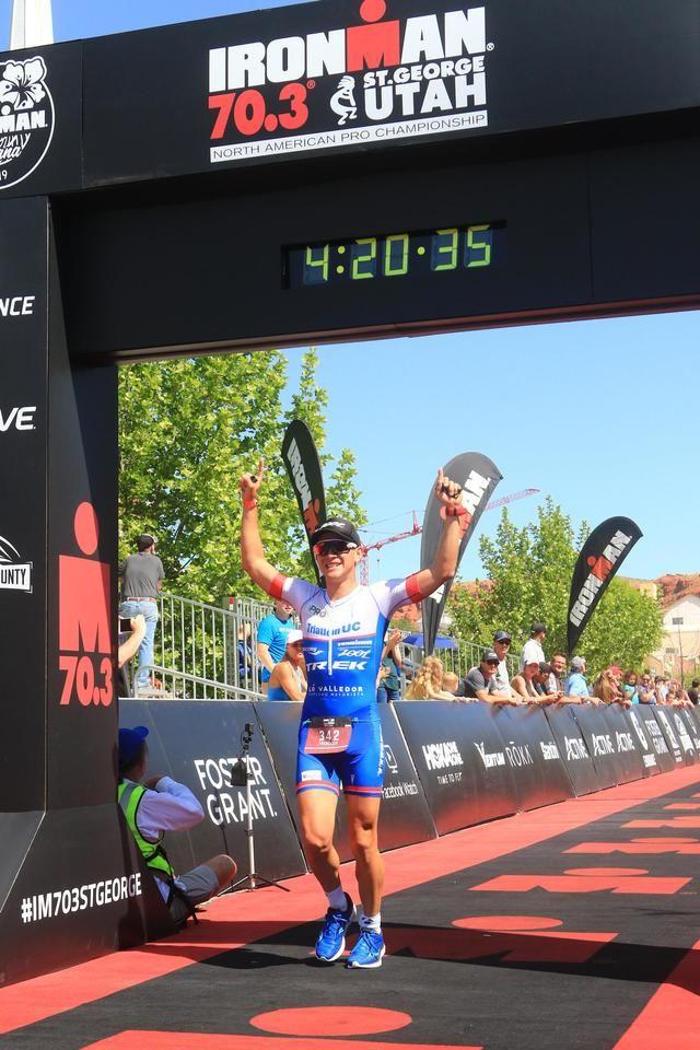 El deportista chileno Francisco Catalán ganó el Ironman en EE. UU.