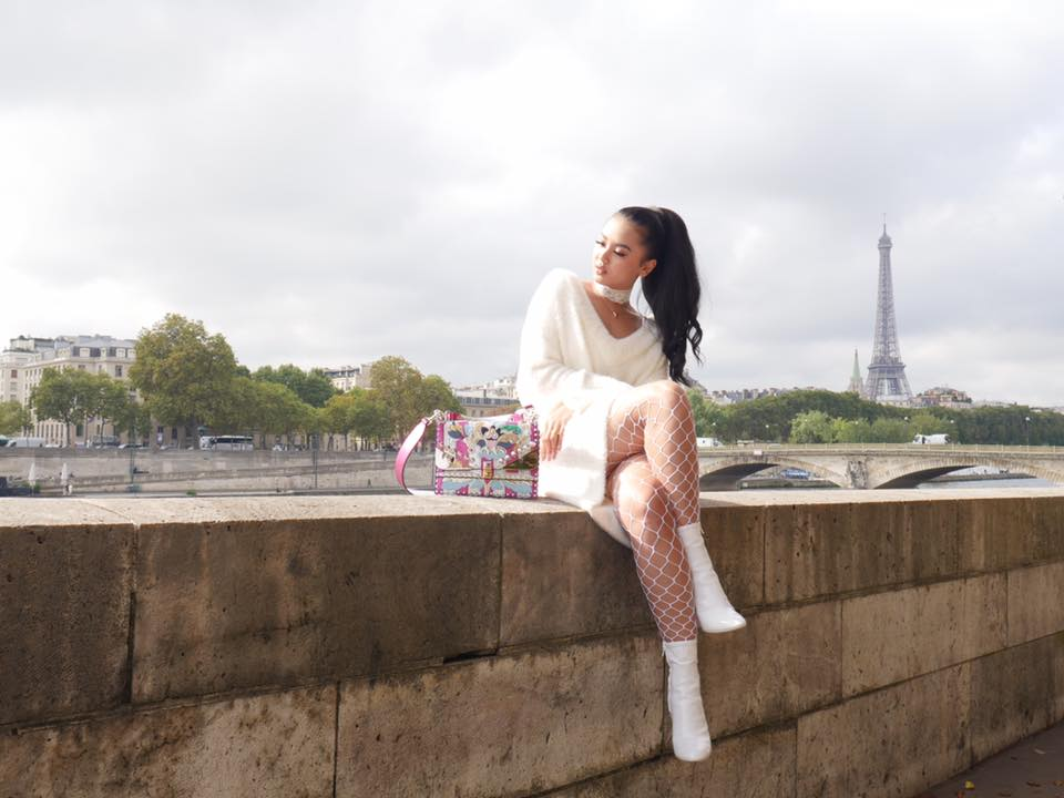 ွShwe Mhone Yati In Paris Collection Part (2)