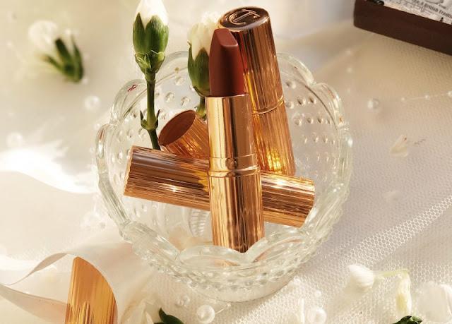 Charlotte Tilbury Legendary Queen Matte Revolution Lipstick