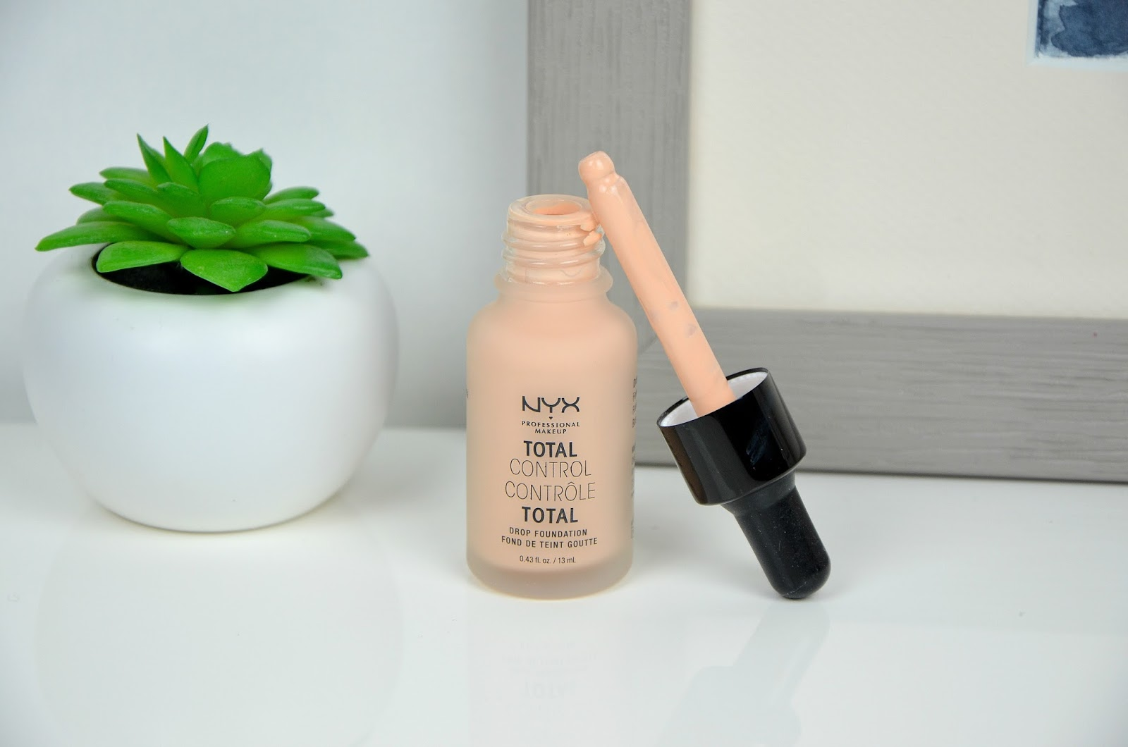 total control foundation fond de teint contrôle total NYX packaging