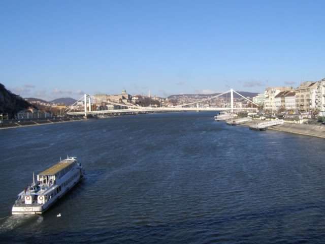 vedere de pe podul din fata Citadelei