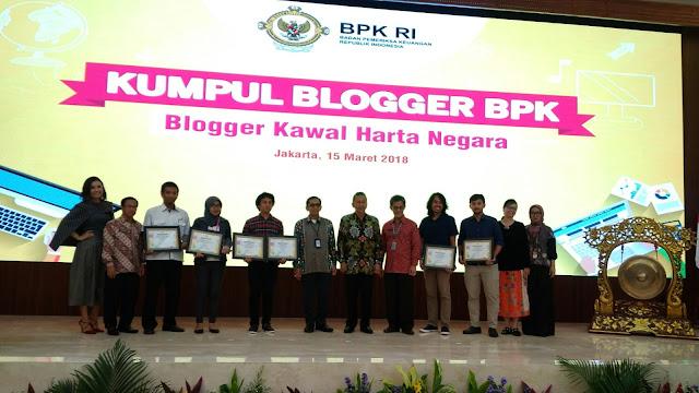 para pemenang lomba blog BPK