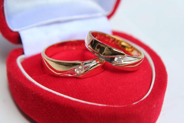 10 Isi Hantaran Pernikahan yang Unik dan  Berkesan