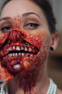 Most horrible Halloween Zombie Costumes Make Up Ideas For Girl in 2016