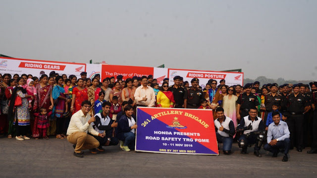 Soldiers of 261 artillery brigade at the Honda Mega Safety Riding Program