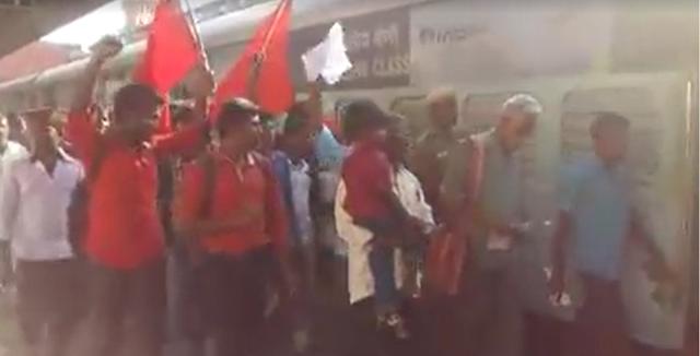 காவேரி- கழக இரயில் மறியல் சென்னை