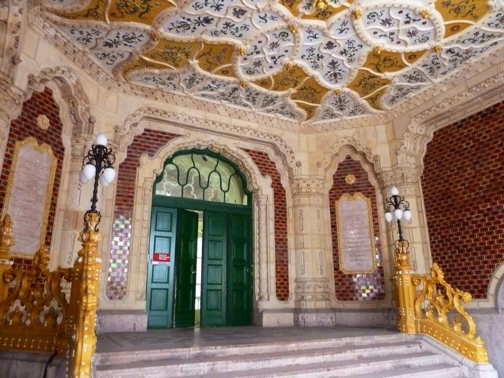 el poder del arte museo de artes aplicadas en budapest