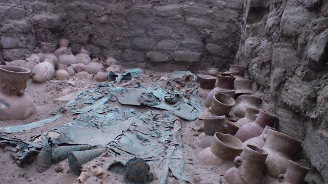 Graves of Moche elite found in Peru