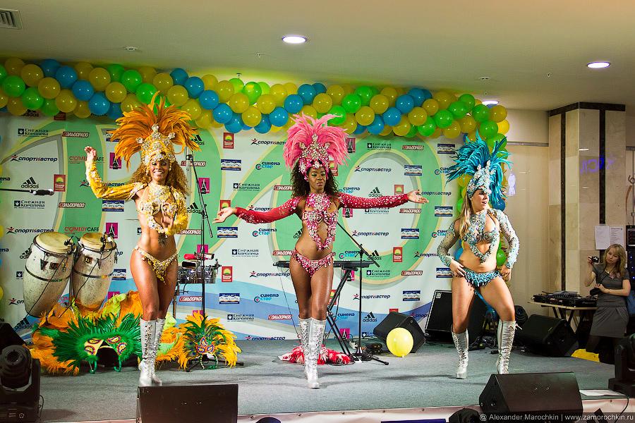 Бразильский карнавал на открытии ТРЦ РИО в Саранске