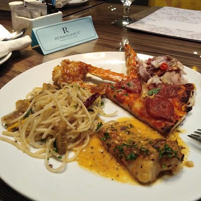 Hidangan Peranakan di Hotel Renaissance Johor Bahru