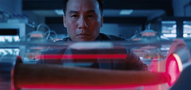 Henry Wu (B.D. Wong) dans Jurassic World 2 : Fallen Kingdom
