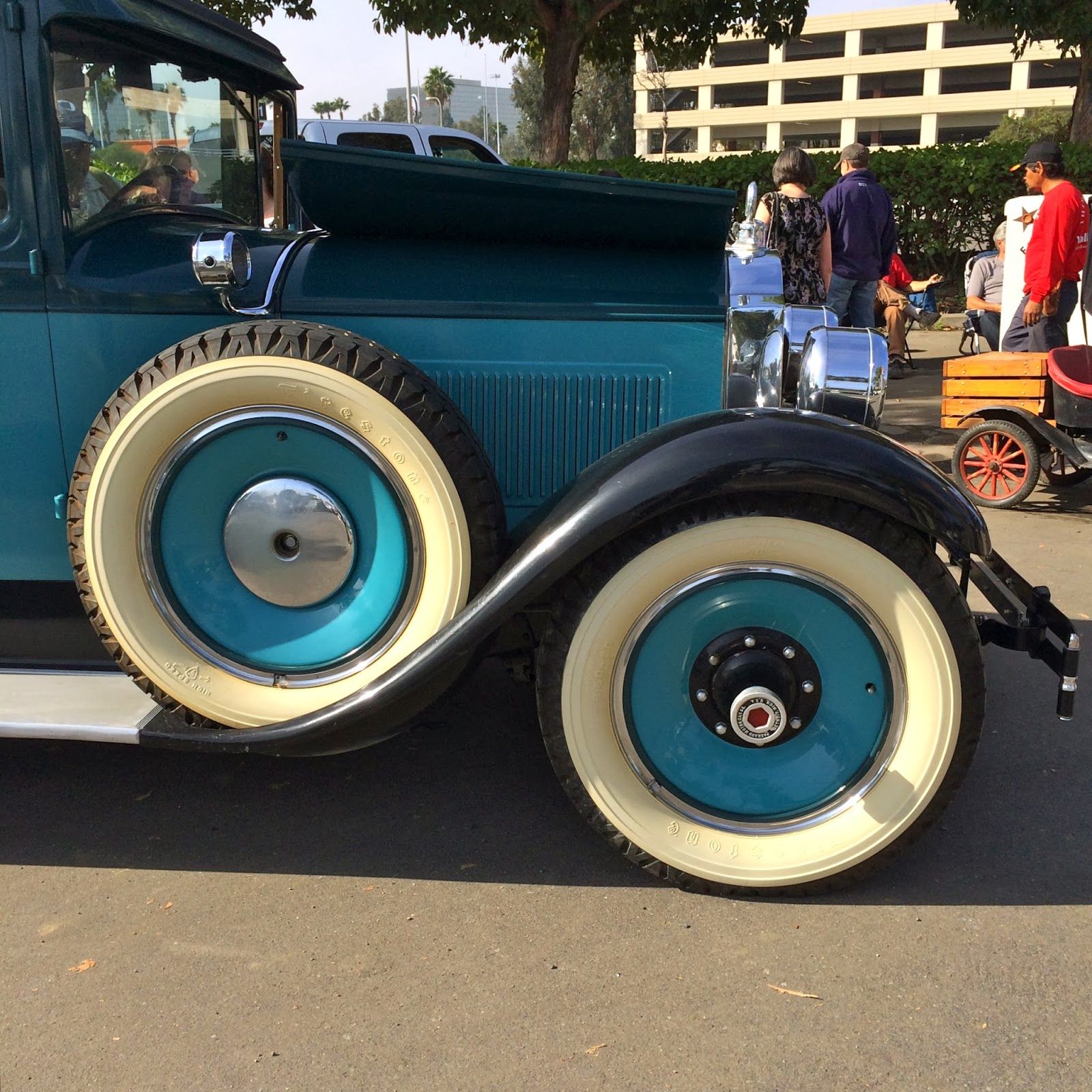 Covering Classic Cars : From Orange County To Las Vegas