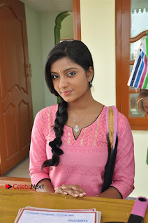 Uyirkkodi Tamil Movie Stills  0003.jpg