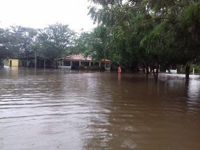 Fortes chuvas elevam nível do Rio Munim em Nina Rodrigues