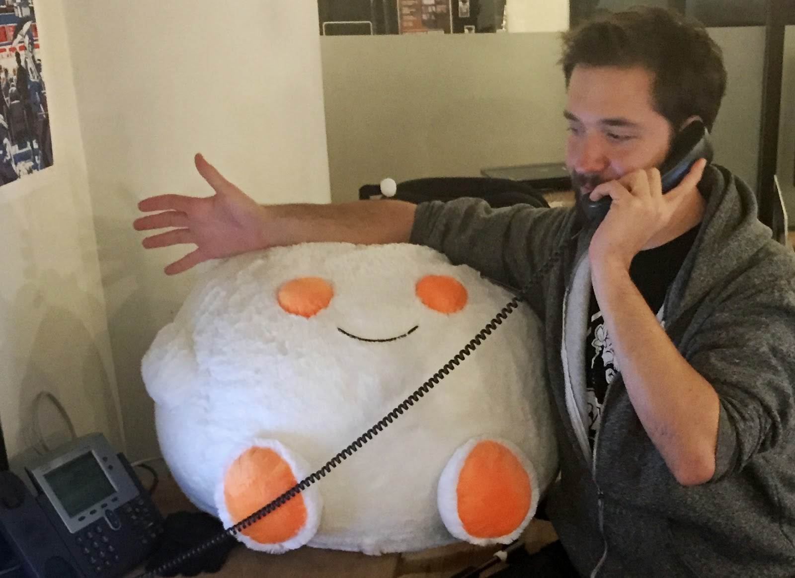 Reddit Co-Founder urges all the Internet Users to Contact FCC Today