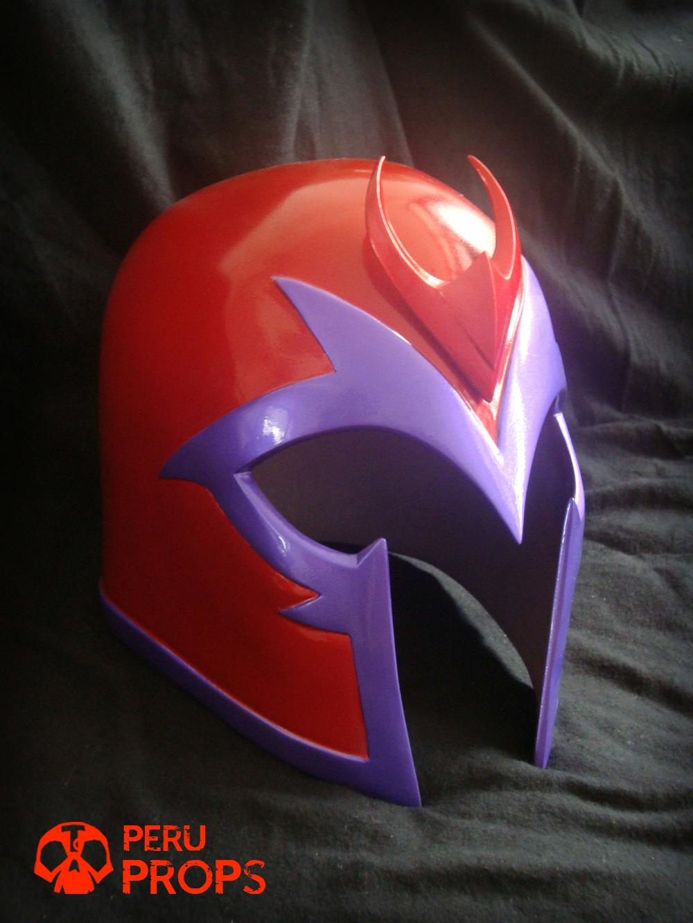 RAUL TUMBA: Magneto red helmet X-Men first class ...