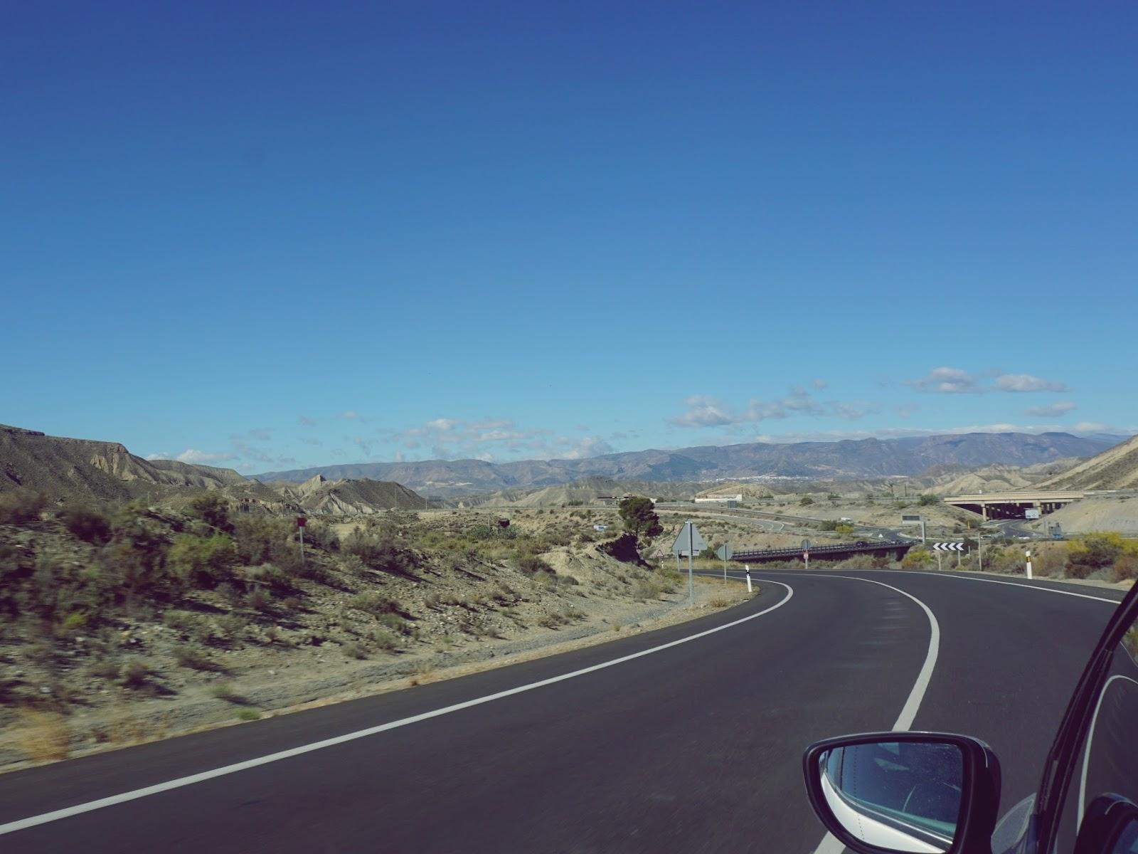 hiszpańska autostrada, Hiszpania, panidorcia, blog, wrażenia z Hiszpanii, podróże