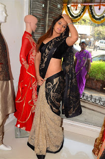 Neetu Chandra in Black Saree at Designer Sandhya Singh Store Launch Mumbai (42).jpg