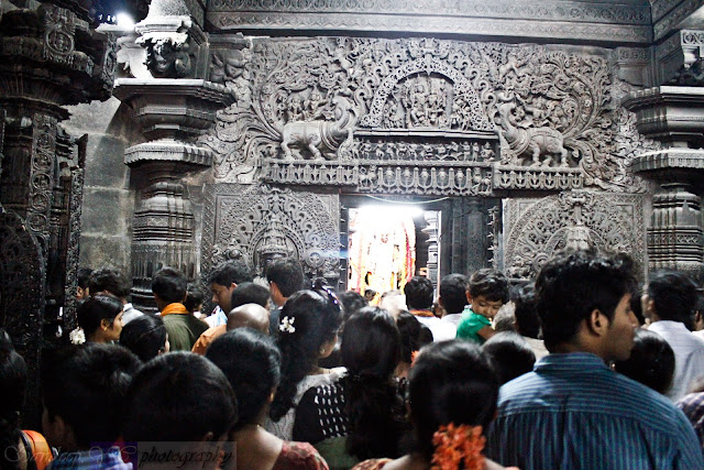 The crowd during the pooja timings at the temple