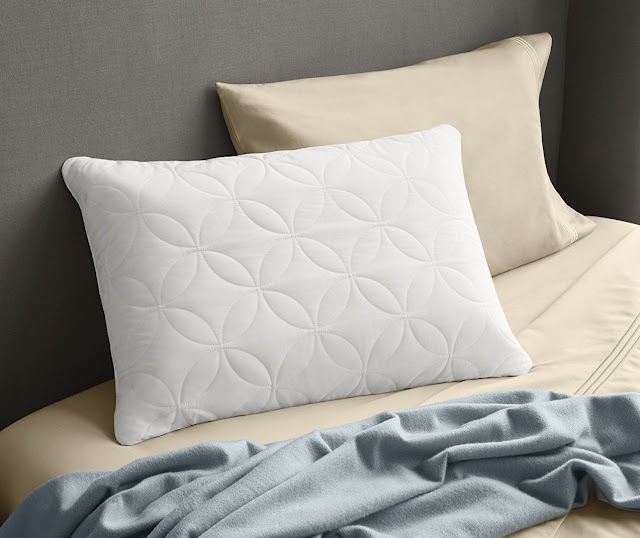 3 Tips to Selecting a Good Pillow