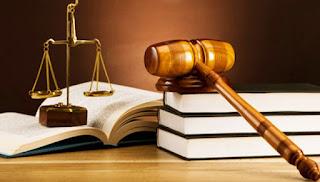 Hukum Dagang dan Hukum Perikatan (Perjanjian)