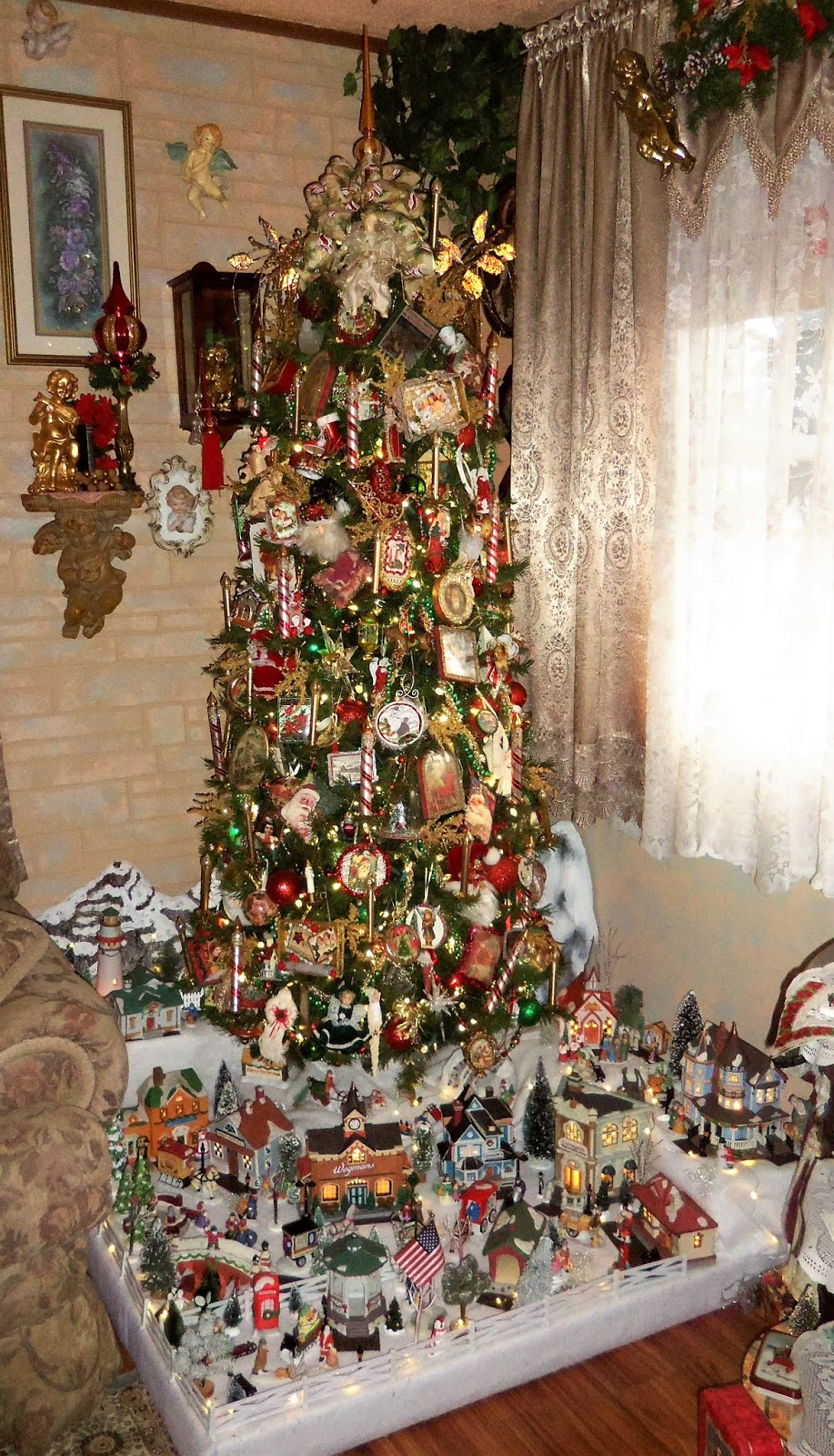 Christmas Home Tour, Victorian Tree and Village in the Living Room, 2019