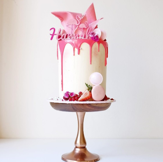 http://www.lush-fab-glam.com/2016/01/deliciously-beautiful-cake-art.html