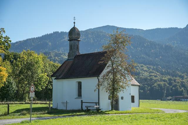 Rundweg Ohlstadt - Kreut-Alm  Freilichtmuseum Glentleiten Schwaiganger  Wandern im Blauen Land 16