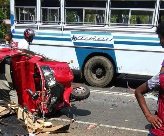 Three killed in three-wheeler – bus accident in Tissa |