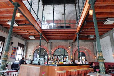 Aneka Cafe Antik Kota Lama Semarang