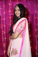 Adaa Sharma in White Pink Saree at Zee Telugu Apsara Awards 2017 41.JPG