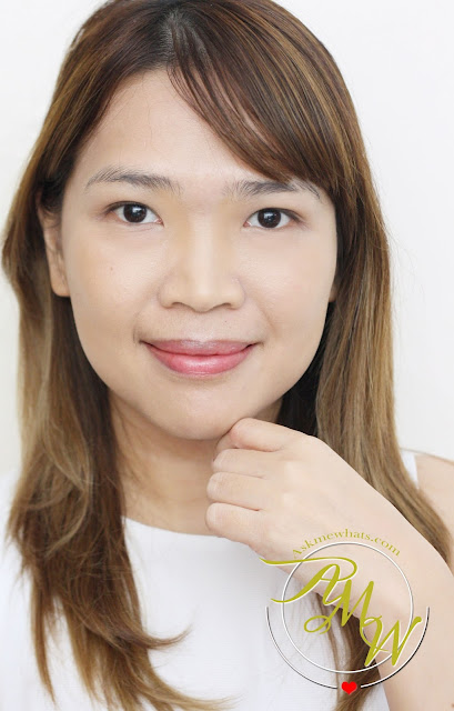 a photo of Nikki Tiu AskMewhats wearing NYX Cream Highlight & Contour Palette Medium