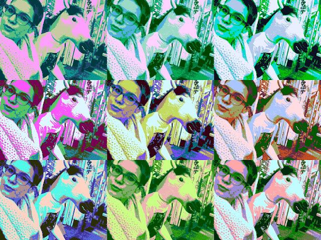 selfie mit pferd pferde gummimaske berlin célfie selbsportrait lustigste