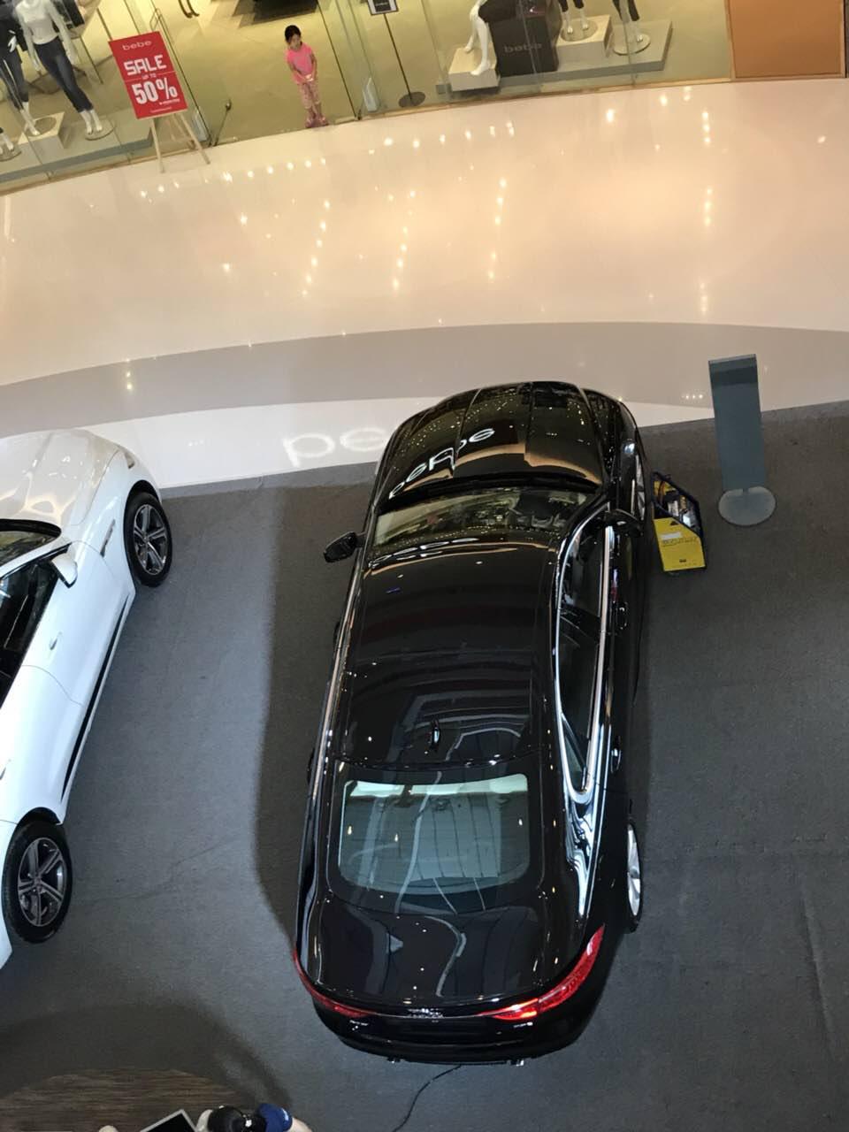 Jaguar Land Rover Tại Quận 7 Crescent Mall Phú Mỹ Hưng
