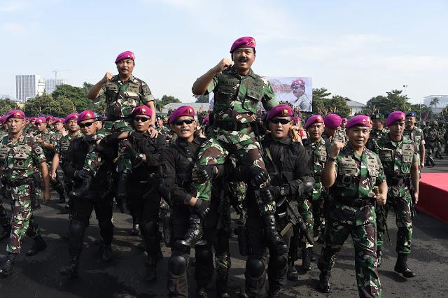 Panglima TNI Pimpin Apel Khusus Satuan Marinir