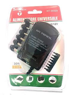 alimentatore universale regorabile voltaggio 3v 12v on tenck ht-30320